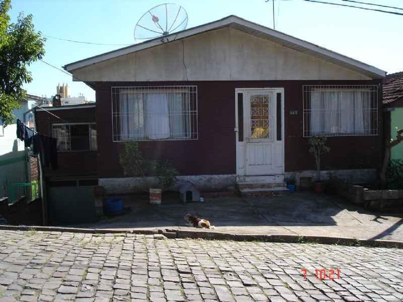 Casa                 4 d  no bairro MARECHAL FLORIANO    em CAXIAS DO SUL