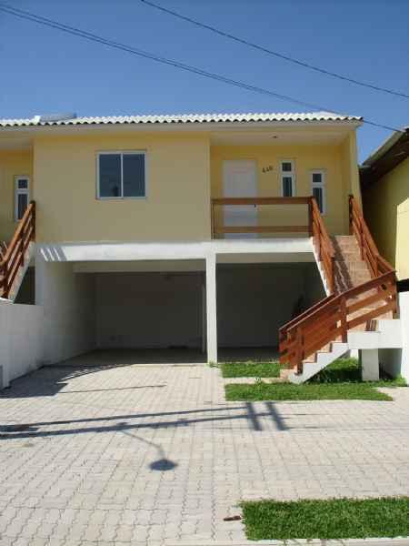 Casa Geminada        2 d  no bairro CIDADE INDUSTRIAL    em CAXIAS DO SUL