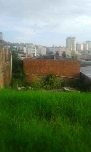 Terreno              no bairro SANTA CATARINA