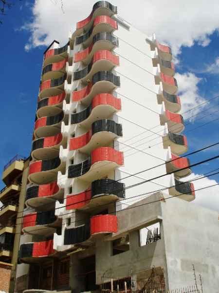 Apto                 3 d  no bairro CENTRO               em Caxias do Sul