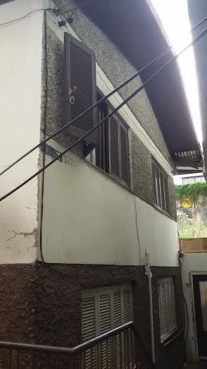 Casa                 2 d  no bairro SAO PELEGRINO        em CAXIAS DO SUL